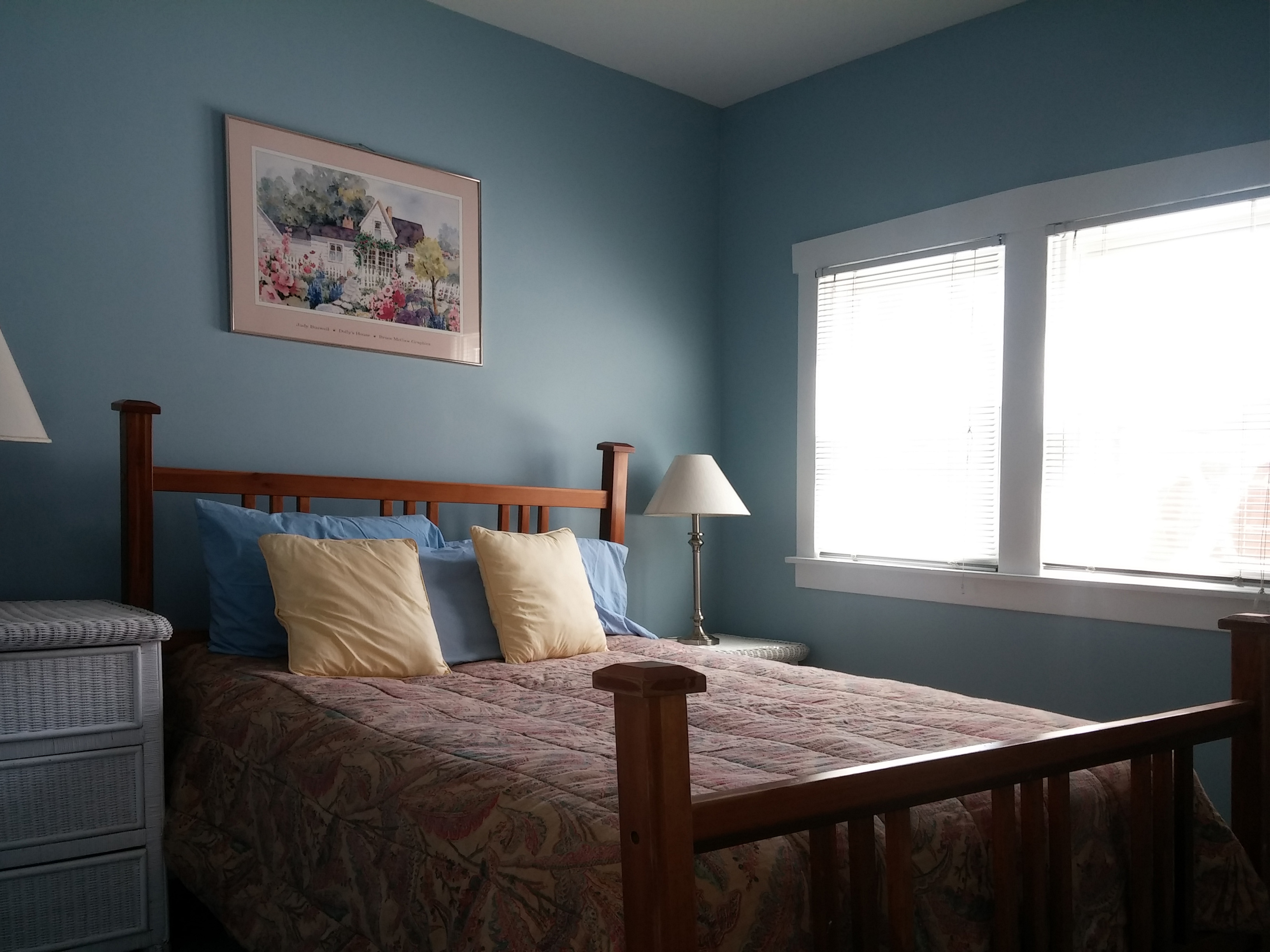 Cottage a interior views beach house vacation rentals in lakeside mi - Houses bedroom first floor fit needs ...